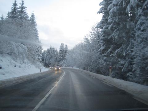 Route hivernale dans le Haut-Doubs